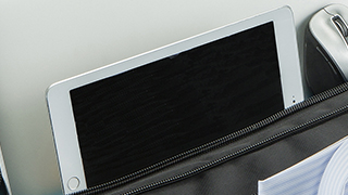 Tablet storing pocket