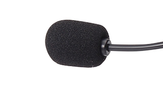 Microphone which is hard to pick up breath and ambient noise